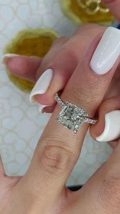 Cute Engagement Rings, Radiant Engagement Rings, Cushion Cut Engagement Ring, Princess Cut Engagement Rings, Engagement Rings 4 Carat, Cushion Diamond Ring, Cushion Halo, Solitaire Engagement, Beautiful Wedding Rings