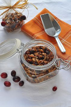Cranberry Nut Granola | Lemons and Lavender
