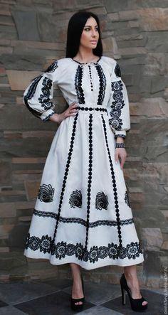Монохромна вишуканість: чорно-біла вишивка, від якої перехоплює подих | Ідеї декору Sequin Prom Dresses, Sexy Dresses, Casual Dresses, Mode Abaya, Mode Hijab, Modest Fashion Hijab, Fashion Dresses, Ukrainian Dress, Ethno Style