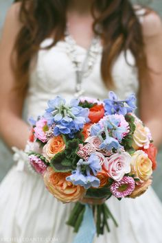 Beautiful combination of colors in this bouquet by Lauryl Lane & photo by Richelle Dante