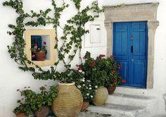 Image from http://www.greek-islands.us/greek-villages/kithira/kithira-village.jpg.