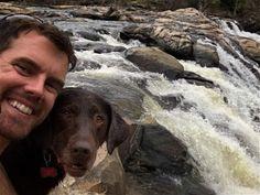A Bella le diagnosticaron cáncer terminal, así que su dueño se la llevó a un increíble viaje, para darle el último adiós. Nota completa: http://bit.ly/2aa1JOC