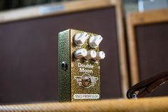 The Mad Professor Double Moon is a small, easy to use and super versatile pedal for a wide variety of modulation sounds. True analogue bucket brigade signal paths with a Tone control makes the Double Moon a long-awaited modulation pedal for today's guitar player. Bucket Brigade, Mad Professor, Long Awaited, Easy To Use, Paths, Guitar, Moon, The Moon, Guitars