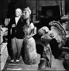 Pablo Picasso in his Studio (Atelier)    Photo by Robert Capa: http://en.wikipedia.org/wiki/Robert_Capa    Pablo Picasso: http://en.wikipedia.org/wiki/Robert_Capa