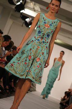 Oscar De La Renta Spring 2014. Photo By Rachel Scroggins Hand Embroidered #Dress #Women #Fashion