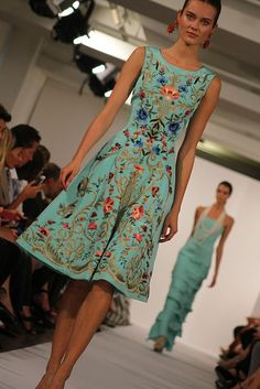 Oscar De La Renta Spring 2014. Photo By Rachel Scroggins Hand Embroidered #Dress #Women #Fashion