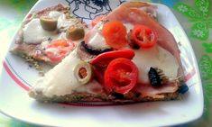 Brokolicové pizza těsto, bez použití mouky a droždí. Uvařená brokolice, vajíčko, mozzarela, česnek a špetka soli. Autor: Majka0407