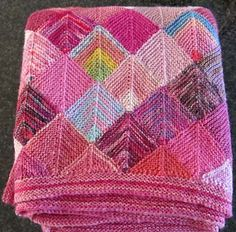 Sock Yarn Blanket pattern by Shelly Kang Ravelry: Project Gallery for Sock Yarn Blanket pattern by Shelly Kang by Aileen Popple Knitting Books, Easy Knitting, Knitting Yarn, Yarn Projects, Knitting Projects, Crochet Projects, Knitted Afghans, Knitted Blankets, Manta Crochet