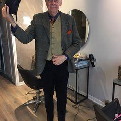 Sådär. Då är man nyklippt inför sommaren. #menwithstyle #welldressed #dappermen #tweedjacket #vintagetweed #corduroypants #manchesterbyxor #vintagehat #slöjdlärarslips #waistcoat #vintagemannen #foster_and_son