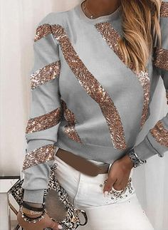 Hollister Style, Hollister Fashion, Casual T Shirts, Casual Wear, Neck T Shirt, Bell Sleeve Top, Sequins, Long Sleeve, How To Wear