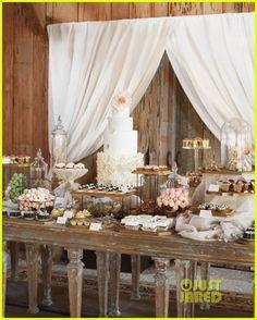 Blake Lively & Ryan Reynolds Wedding Photos Revealed