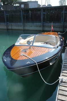 Webb Boats - Home