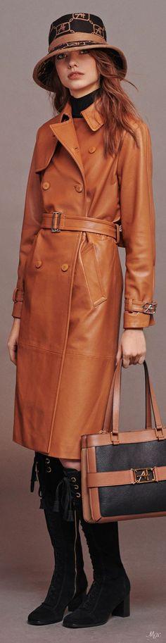 All Fashion, Fashion 2020, Autumn Fashion, Fashion Outfits, Fashion Styles, Italian Fashion Designers, Alberta Ferretti, Fall Looks, Cashmere