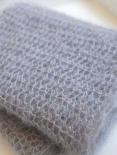 Beautiful and simple mohair scarf - use this to make scarf for Maggie for Christmas.