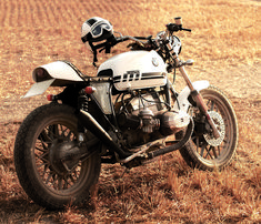 Fuel's 1981 BMW R100 RS