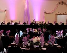 Beautifully decorated head table at #NorthernLightsBallroomandBanquetCenter #mnweddings #WeddingVenues Photo taken by: Remember the Moment Photography