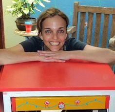 Matéria comigo na revista Casa Vale – Reciclagem de caixote | Alem da Rua Atelier