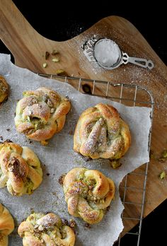 PISTACHIO BUNS By Therese Knutsen