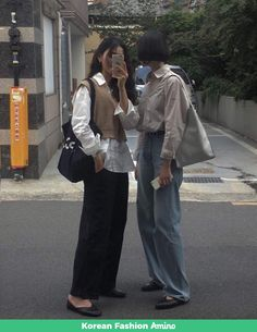 Fashion Tips Hijab .Fashion Tips Hijab Adrette Outfits, Korean Outfits, Cute Casual Outfits, Fashion Outfits, Casual Clothes, Grunge Outfits, Fashion Weeks, Modest Fashion, Hijab Fashion