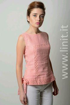 Short Kurti Designs, Kurta Designs Women, Blouse Designs, Stylish Dresses, Fashion Dresses, Short Tops, Casual Tops, Clothing Patterns, Blouses For Women