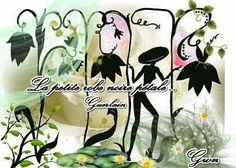 Une de mes Créations -Récréation sur le Thème de L' Eau fraîche La petite robe noire Pétales de Guerlain, en Scrapgifting
