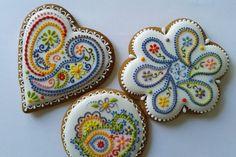Cukrászművészet: kézzel festett, mintázott sütemények (videókkal) | Életszépítők