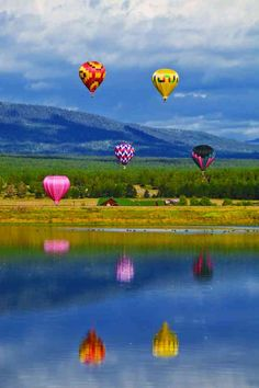 Pagosa Springs Hot Air Balloon Festival in Colorado.I want to go see this place one day.Please check out my website thanks. www.photopix.co.nz