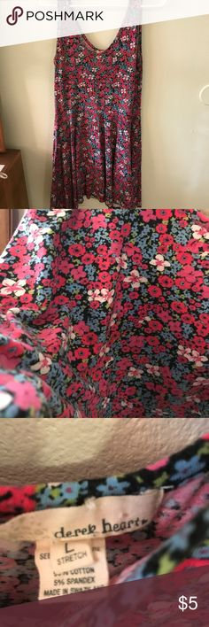 Floral dress with empire waist Gently used Derek Heart Dresses Midi
