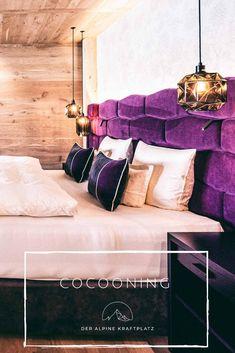 Wohnerlebnisse am Alpinen Kratplatz Couch, Furniture, Home Decor, Recovery, Settee, Decoration Home, Sofa, Room Decor, Home Furnishings