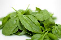 Informação Nutricional - Espinafre refogado: Calorias, gordura total, sódio, carboidratos, fibra, açúcar, proteína, zinco, fósforo, ferro, cálcio...