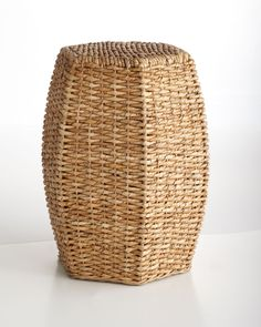 Woven Garden Seat. Simple and chic.