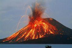 Stromboli Volcano, Sicily....Volcanoes = my favorite natural phenomena~