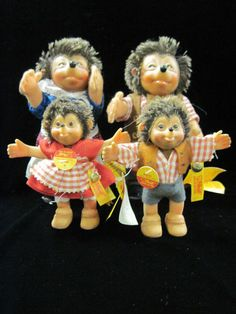 Vintage Steiff Hedgehog Family