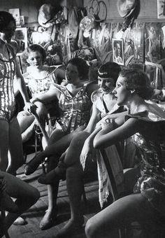 Folies Bergère, backstage - 1932 - Paris - Photo by George Brassaï