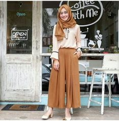 Fn Adila set 2in1  Rp. 99.000 include : atasan + kulot material : wolfice size : allsize fit L  Informasi dan pemesanan hubungi kami SMS/WA +628129936504 atau www.ummigallery.com  Happy shopping   #jilbab #jilbabbaru #jilbabpesta #jilbabmodern #jilbabsyari #jilbabmurah #jilbabonline #hijab #Kerudung #jilbabinstan #Khimar #jilbabterbaru #jilbab2018 #jilbabkeren #jilbabmodis #bajumuslim #gamis #syari #maxidress #maxi #atasanwanita #atasanmuslim