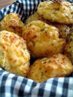 Cheesy Garlic Biscuits   1 pk buttermilk biscuit mix (Bisquick, about 1 1/2cups)   1 1/2cups shredded cheddar cheese   1/2 cup milk   2 tbsp butter   1 tbsp oregano   3/4 tsp garlic salt   Preheat oven to 400F. Spray cooking sheet with non-stick spray. Put biscuit mix, cheese and milk in a bowl and mix well to form a sticky dough, drop lumps of dough onto cookie sheets 1.5in apart. Bake for 10min.      In a bowl, melt butter, add garlic salt.   brush with butter mixture and bake 5-6min at…