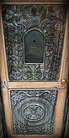 Naranjo Wooden Doors, Costa Rica, Wood Working, Door Handles, Home Decor, Woodworking, Decoration Home, Room Decor, Door Knobs
