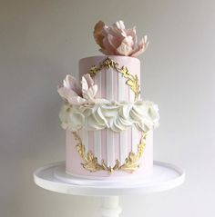 12 Incredible Wedding Cakes by The Cake Whisperer ~ we ♥ this! moncheribridals.com