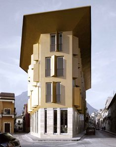 Cherubino Gambardella, Palazzo d'oro a Montesarchio, Benevento, 2007