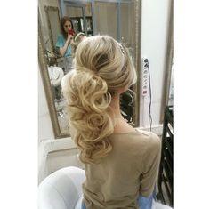 Hochzeitsfrisuren, Brautjungfernfrisuren, Pferdeschwänze - New Site Wedding Ponytail Hairstyles, Wedding Guest Hairstyles, Homecoming Hairstyles, Up Hairstyles, Pretty Hairstyles, Bridesmaid Hairstyles, Pageant Hairstyles, Bridal Hairstyle, Formal Ponytail
