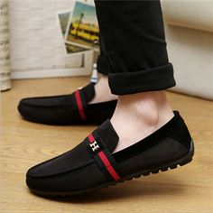 Zeeshan News: Latest Style of Shoes for Boys