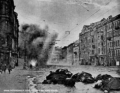 http://peterswalk.com/ Eight Horrific Facts About the Siege of Leningrad 1941-1944