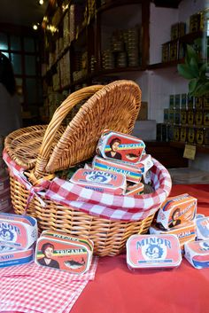 10 Shopping Hotspots & Places to Visit in Lisbon  Nice souvenir to bring home from Lisbon: Canned fish with beautiful vintage wrapping. The store Conserveira de Lisboa sells over 125 varieties https://www.urbanpixxels.com/lisbon-shopping-sightseeing/