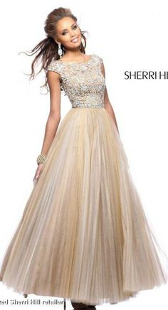 My DREAM dress!! Modest too! ♥  #sherrihill @Terry Song Song Costa ♥ @Hailey Phillips Phillips Thomas