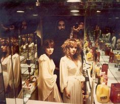 a superb photo of Carolyn Brooks and Stevie in a dressing room lined with mirrors; Herbert W. Worthington 111 is taking photos over Mick Fleetwood's shoulder; photo taken from Stevie's 'If Any One Falls' video shoot ~ ☆♥❤♥☆ ~ this Stevie song her second single from her second solo album, 'The Wild Heart', released on September 3, 1983; the official video itself is superb, with lots of footage of Stevie performing fairly complex ballet feats ~ https://youtu.be/U8YXBKS6dok