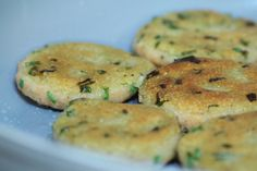 Quick Vegan Lentil Patties (Salt and Paprika) -- lentils, rice, chives, seasoning. So easy, definitely wanna try when I have leftover rice and lentils. They look yum :D--