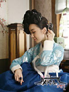 Kim Min Seo as Cho Sun