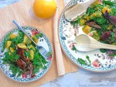 Du denkst, Salat schmeckt im Winter nicht? Dann musst du dringend diesen phantastischen Orangen-Salat mit knuspriger Ente ausprobieren. Ein Träumchen! Das vollständige Rezept findest du auf meinem Foodblog www.dilavskitchen.de