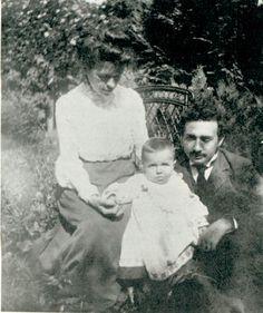 Albert Einstein and Mileva with Hans Albert, 1904. | Costume designer Tara Maginnis' inspiration pieces