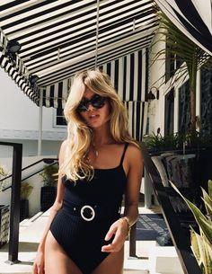 Women's Swimsuits, Swimwear & Bathing Suits 2018 Picture Description Summer Time Fashion Killa, Look Fashion, Fashion Beauty, Easy Style, Mode Ootd, Gradual Tan, Looks Chic, Beachwear, Swimwear